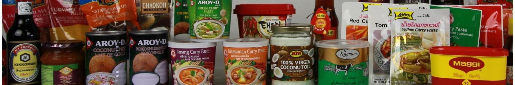 oosterse kruden, specerijen, oliën en vetstoffen, sausen en kokos
